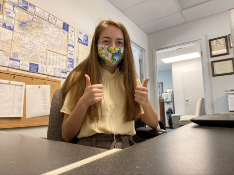 BRVGS senior Emily Eppard, interns from her desk at The Central Virginian. Her Capstone project focuses on the importance of fair, unbiased media.